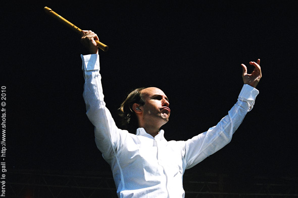 carlos-nunez-festival-du-bout-du-monde-2004