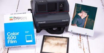 Polaroid VS Fujifilm. La guerre du film instantané aura-t-elle lieu ?