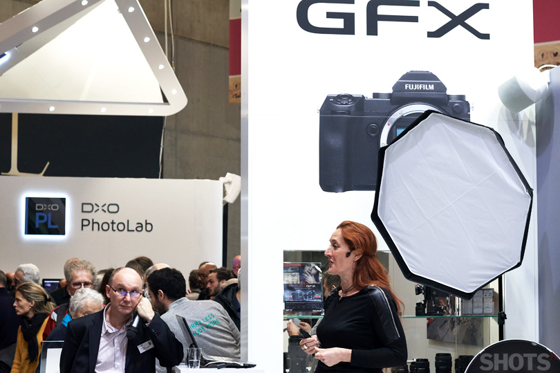 presentation du moyen format Fujifilm GFX 50S au salon de la photo 2017