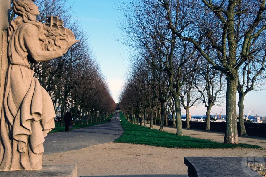 Cours Dajot Brest kodak Ektachrome 100 par Hervé Le Gall
