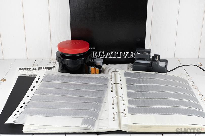 Nikon ES-2. Numériser des diapos ou des négatifs en un déclenchement.